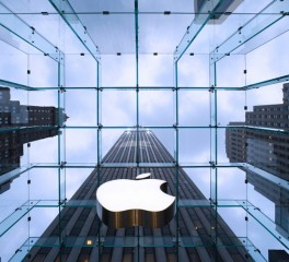 """Apple's 5th Avenue store, designed by Bohlin Cywinski Jackson, the retailer's architect firm of choice."" most beautiful retail stores in the world 10 Most Beautiful Retail Stores in the World Apple store by Bohlin Cywinski Jackson NY 264x240"