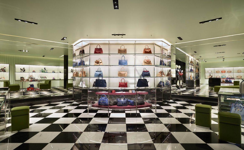 Discover the new Prada boutique in Vienna, Austria - Inside the store Discover the new Prada boutique in Vienna, Austria Discover the new Prada boutique in Vienna, Austria Discover the new Prada boutique in Vienna Austria Inside