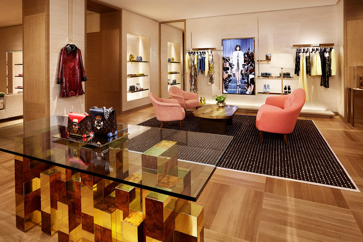 Louis Vuitton Paris Store by Peter Marino louis vuitton paris store by peter marino Louis Vuitton Paris Store by Peter Marino Louis Vuitton Paris Store by Peter Marino 4